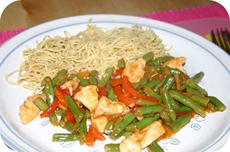 Sperziebonen met kip en paprika in Ajam Pangang saus