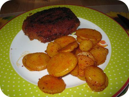 Jagerschnitzel en gekruide aardappelschijfjes