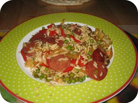 Pilav met Chorizo en Doperwten