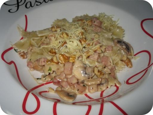 Pasta met Walnotensaus