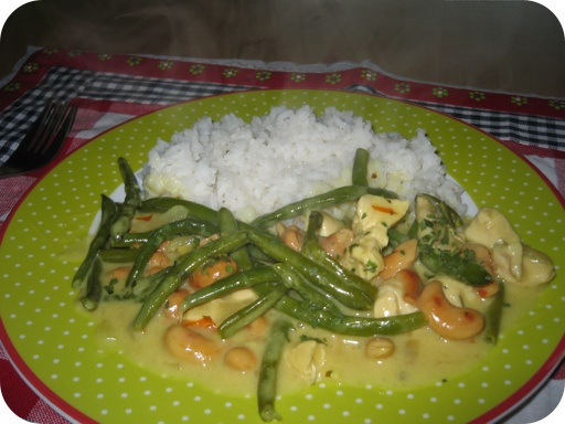 Kip Curry met Sperziebonen en Cashewnoten