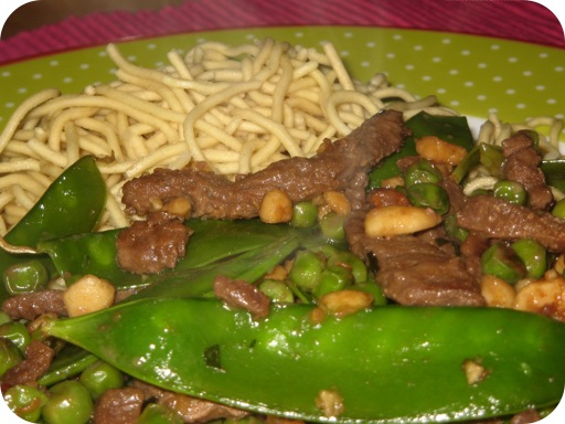 Rundvlees met Pinda's uit de Wok