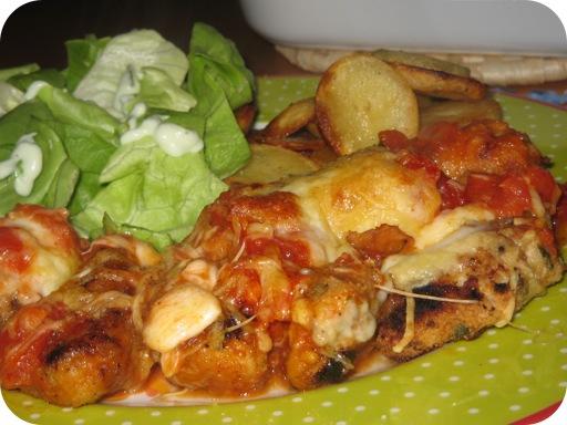 Gepaneerde Schnitzel met Tomatensaus uit de Oven