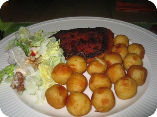 Cordon Blue met Aardappelbolletjes en Boerensalade