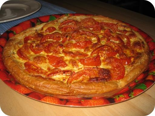 Pizza met Geroosterde Tomaten en Kaas