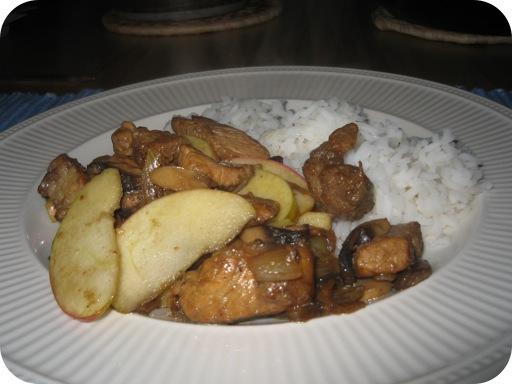 Rijst met Gemarineerd Varkenslapje, Appel en Champignons