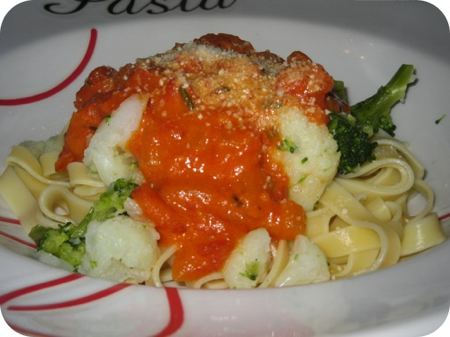 Broccoli en Bloemkool in Tomatensaus