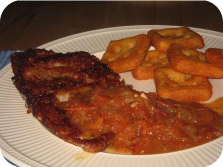 Gepaneerde Schnitzel met Tomatensaus