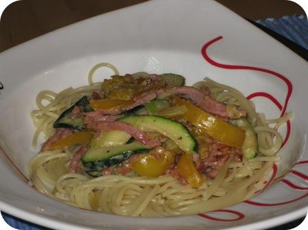Spaghetti met Courgette, Paprika en Roomkaas