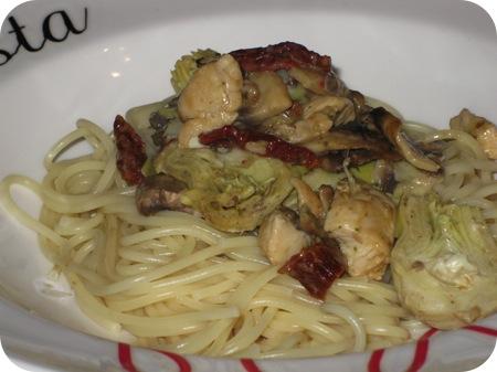 Spaghetti  met Artisjok en Zongedroogde Tomaat