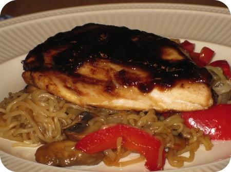 Kipfilet met Mango Chutney en Tamarinde Pasta met Noedels