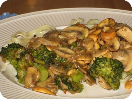 Mie met Broccoli en Kip