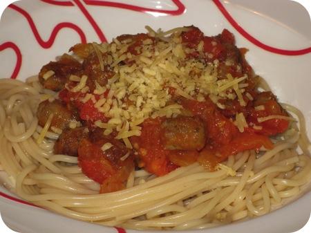 Spaghetti met Tomaten en Worst