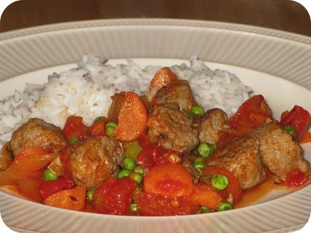 Rijst met Worst en Groentensaus