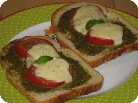 Toast Caprese