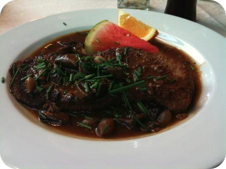 Hotel-Restaurant Vijlerhof - Vijlen schnitzel jagersaus