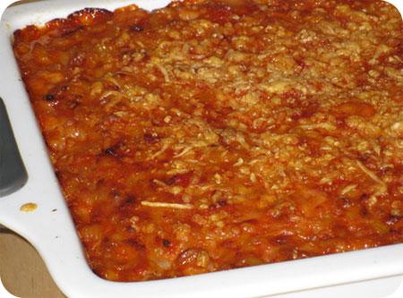 Macaronischotel met Tomaat en Kaas