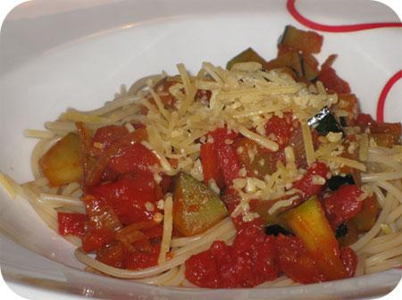 Spaghetti met Courgette en Tomaat