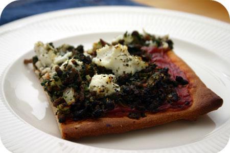 Pizza met Gehakt, Spinazie en Ricotta