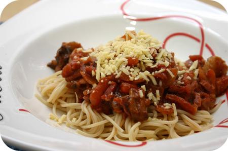 Spaghetti met Kipfilet, Champignons en Worteltjes