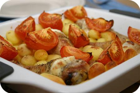 Kippenpootjes met Aardappels & Tomaten