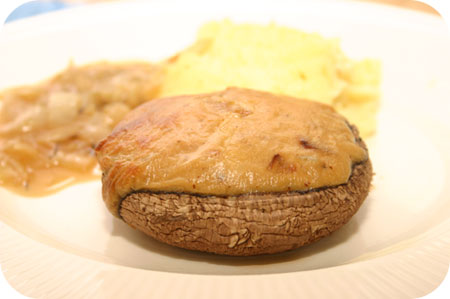 Portobello's gevuld met Kaas-Biersaus