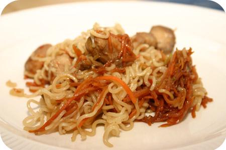 Noodles met Kip en Worteltjes