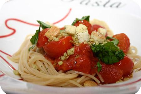 Spaghetti met Tomatensaus en Croutons
