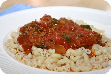 Macaroni met Gehakt en Tomaat