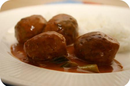 Gehaktballetjes in Milde Curry Saus