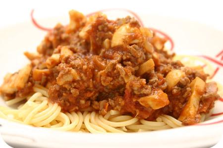Spaghetti met Champignons, Gehakt en Tomatensaus