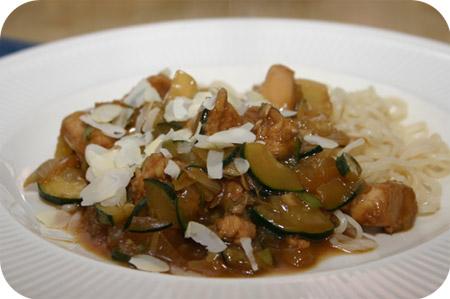 Noodles met Courgette en Kipfilet