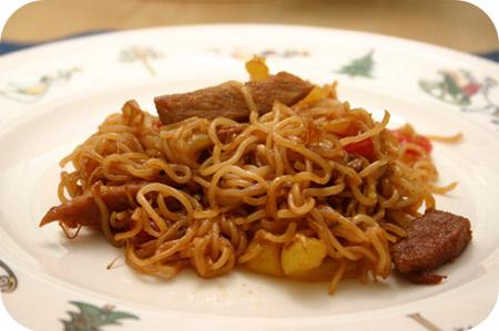 Noodles met Schnitzels en Paprika