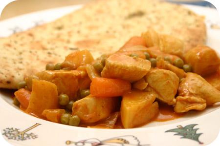 Kip Tikka Masala met Doperwten en Worteltjes
