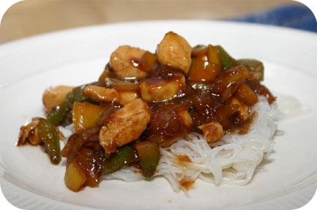 Mihoen met Kipfilet en Paprika in Kecapsaus