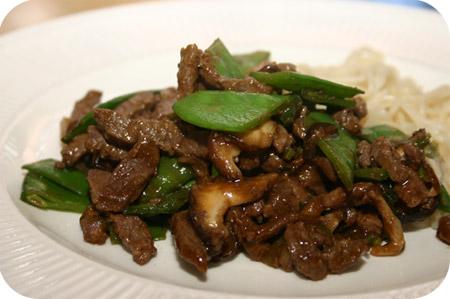 Noodles met Peultjes, Shiitake & Rundvlees
