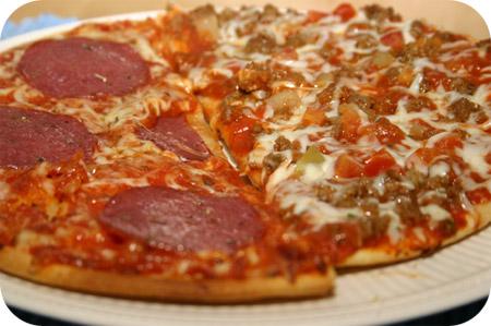 Pizza Salami & Bolognese