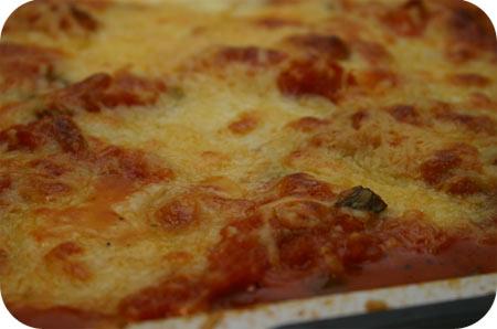 Gepaneerde Schnitzels in Tomatensaus met Mozzarella uit de Oven