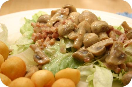 Salade met Champignons en Spekjes