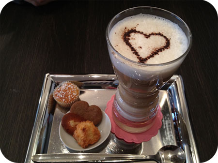 Bittersweet Brugge latte macchiato