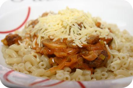 Pasta met Worst, Prei en Champignons