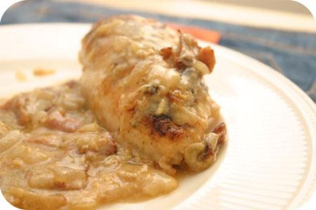 Kipfilet met Kaas-Uiensaus uit de Oven