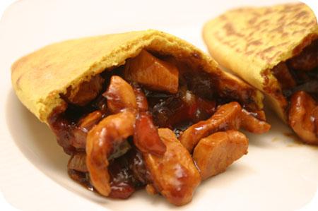 Samasaya Roti Indonesia met Ajam Kecap