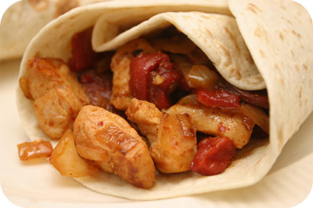 Wraps met Kipfilet, Chorizo en Gegrilde Paprika