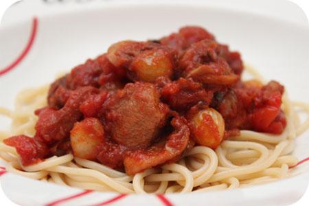 Spaghetti met Kip in Rode Wijnsaus