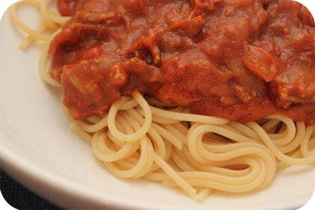 Spaghetti met Gehakt, Speculaasjes en Tomatensaus