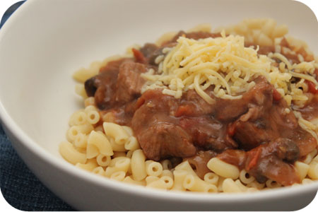 Pasta met Champignons, Hamlapjes en Tomaten-Wijnsaus