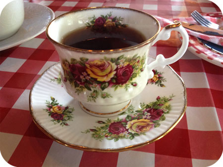 High Pancake bij Sara in Eenrum kopje thee
