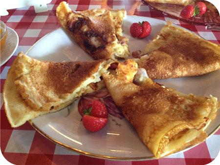 High Pancake bij Sara in Eenrum ham kaas spek pannenkoek