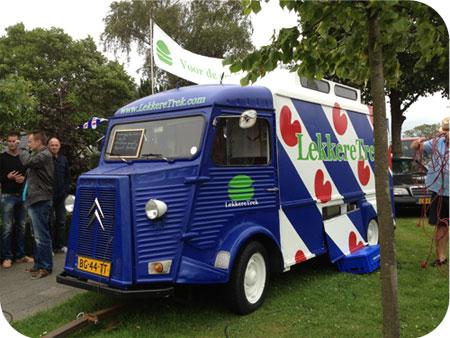Hamburgers van Lekkeretrek.com bus